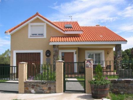 Cambios simples en los muebles de exteriores para el for Modelos de casas exteriores
