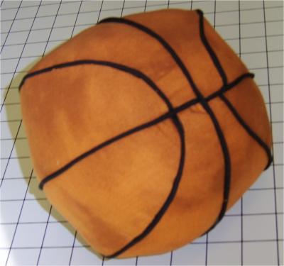 Almohada en forma de pelota de basquet