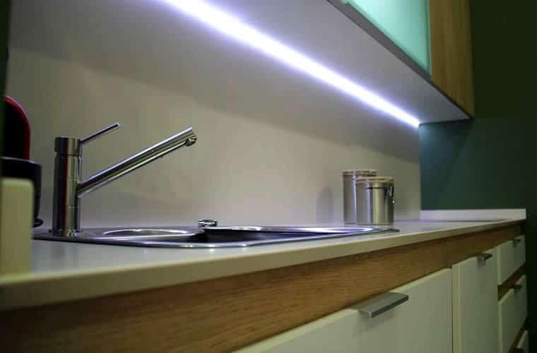 Secretos de decorador] Logra una iluminación de cocina única ...