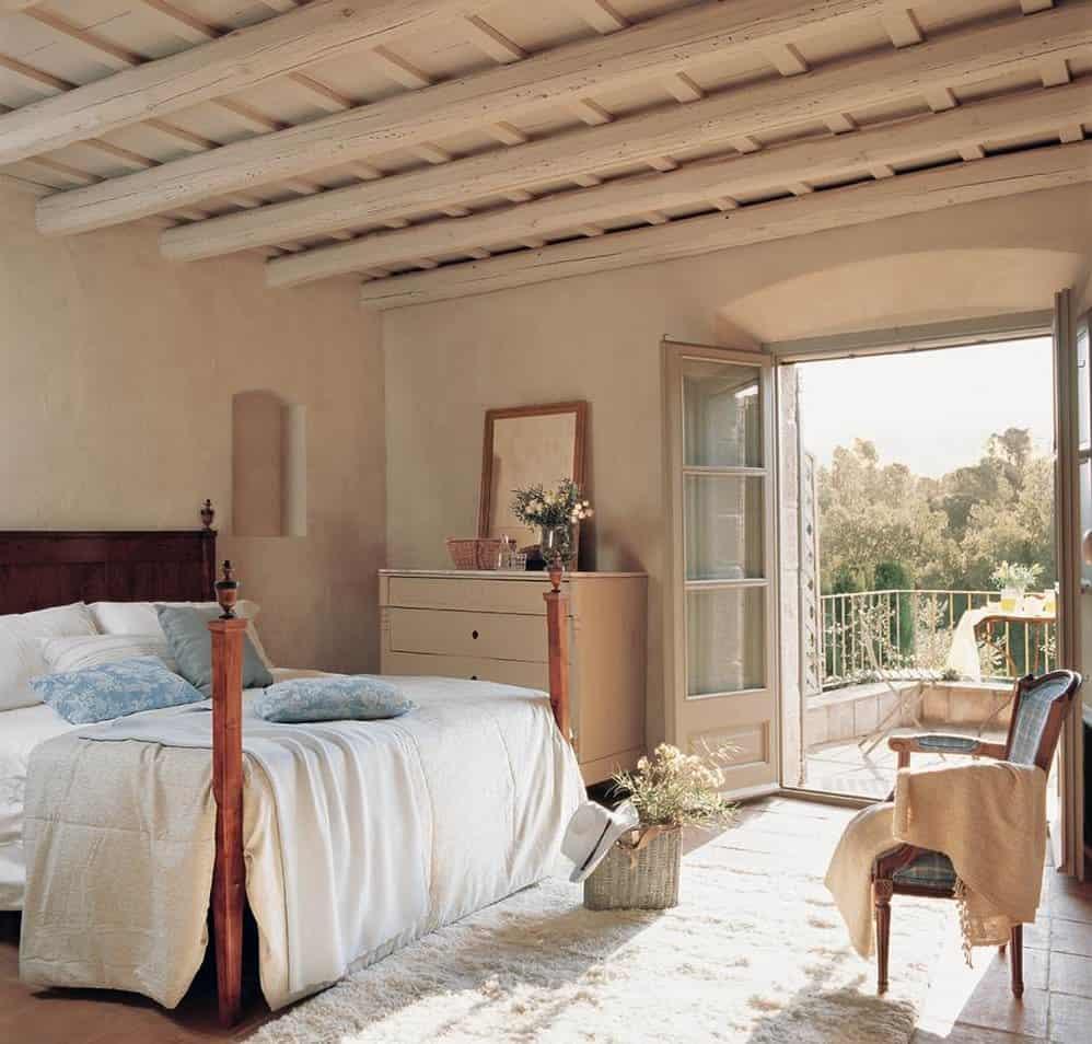 Eligiendo muebles antiguos para el dormitorio - Visita Casas