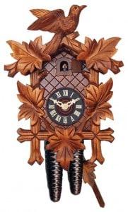 Hermoso modelo de reloj cucú