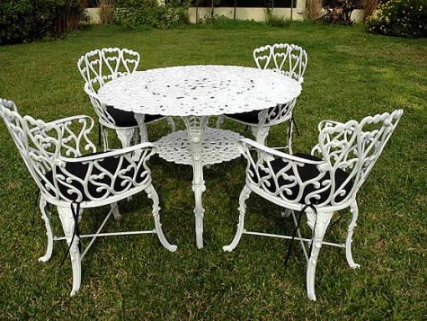 Muebles para el patio con barrotes de aluminio - Visita Casas
