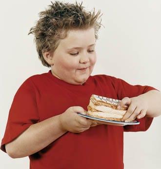 Niño comiendo dulces para colorear - Imagui