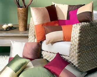 Cambie la cara a su sof con cojines nuevos - Cojines para sentarse ...