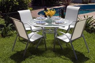 Escogiendo muebles de aluminio para el patio for Muebles de jardin de aluminio precios