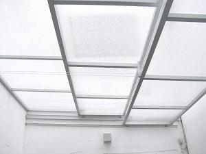 C mo colocar techos de policarbonato - Techo transparente policarbonato ...