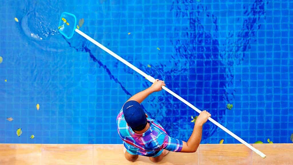 Gu a m quinas de coser aprende a repararla t misma for Guia mantenimiento piscinas