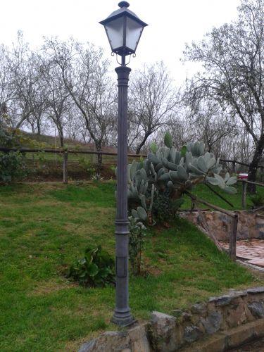 Farolas de jard n d nde colocarlas for Farolas jardin ikea